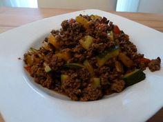 Hackfleisch - Gemüse - Pfanne, ein tolles Rezept aus der Kategorie Gemüse. Bewertungen: 100. Durchschnitt: Ø 4,5.