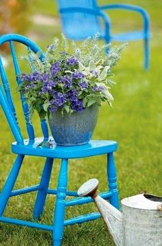 how to make yard decorations to reuse and recycle old wooden furniture for flower containers