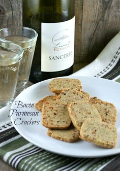 @Lisa | Authentic Suburban Gourmet: Friday Night Bites | Bacon Parmesan Crackers