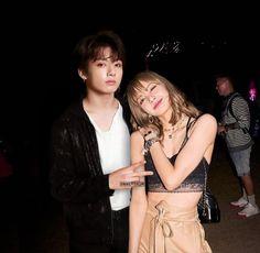Blackbangtan X Exovelvet Shipper ! Foto Jungkook, Foto Bts, Bts Jimin, Korean Couple, Best Couple, Kpop Couples, Cute Couples, K Pop, Blackpink Memes