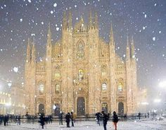 Milan Cathedral in winter snowfall