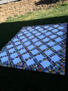 This is the scrap fantasy quilt of my dreams. I will make it before I die!! Double Irish Chain (scrappy)