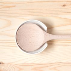 Utility Spoon Rest - OKAY this is the BEST thing I have seen all year - what a lifesaver! I think every cook knows what I'm talking about.