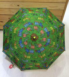 Paraguas infantil Kukuxumusu. www.patasarribashop.com