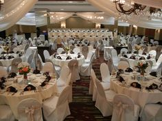 Platinum Wedding Reception at the Embassy Suites Airport - Bloomington, MN.  www.embassyweddings.com