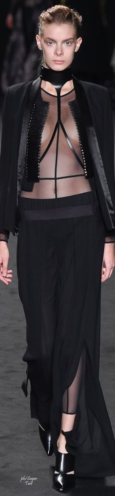 Visions of the Future: Ann Demeulemeester Spring 2016 RTW