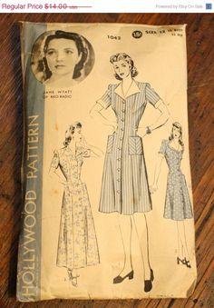 SEASONS END SALE Hollywood 1042 Dress Vintage by EleanorMeriwether, $11.20