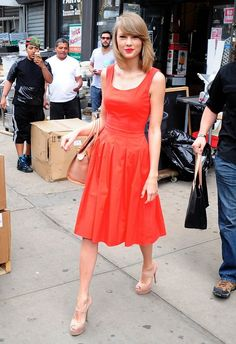 Spotted: Taylor Swift is pretty in red while strutting through New York on May 19