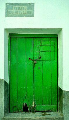 #door #green     .....rh