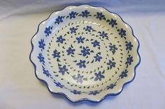 pie plates | Pretty Contemporary Blue 'Forget-Me-Not' Pie Plate Dish
