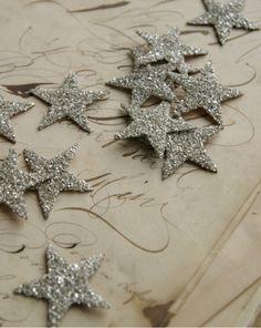 Christmas crafts - twinkling beauties... DIY silver glass glitter stars