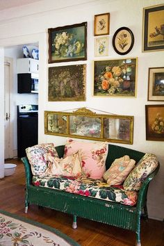 Hollie Wood's Lowcountry Antiquarian Glam