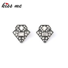 Women's Trendy Alloy Retro Triangle Ear Studs Top Seller  Designer Stud Earrings