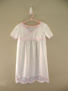 Summer Pillowcase Nightgown « free pattern and tutorial at Sew,Mama,Sew! Blog