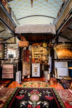 An Incredible, One-of-a-Kind Expanding Tiny House House Tour: An Incredible, Expanding Tiny House
