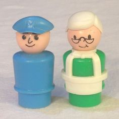 VTG Fisher Price Store Keeper & Pilot Or Mailman Little People #2500 Main Street #FisherPrice
