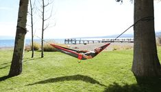 The ultimate in relaxation. Chillin' under the sun in an Eno hammock. Activities Near Me, Outdoor Activities For Adults, Outdoor Hammock, Outdoor Fun, Eno Hammock, Rappelling, Adventure Activities, Extreme Sports, Mountaineering