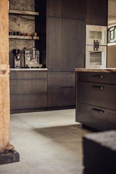 Home Door Design, House Design, Kitchen Counter Cabinet, Cupboards, Kitchen Interior, Kitchen Design, Kitchen Ideas, Kitchen Board, Cuisines Design