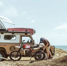 Land Rover (Series & Defenders) and more stuff I like. Motorcycle Travel, Cafe Racer Motorcycle, Running On The Beach, Best Car Insurance, Road Trip, Surf Trip, Classic Bikes, Toyota Tacoma, Land Rover Defender