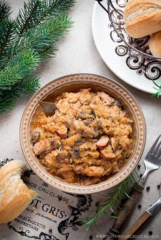Bigos - najlepszy przepis Slow Food, Hunters Stew, Polish Recipes, Polish Food, Potato Cakes, Comfort Food, Meat Lovers, One Pot Meals, Chana Masala