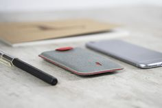 DAX Reinvents The Wallet With An Innovative Pull Tab Design