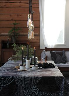Marimekko, Cottage Renovation, Nordic Home, Christmas Decorations, Table Decorations, Scandinavian Living, Scandinavian Christmas, Christmas Inspiration, Winter