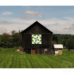 I discovered Barn Quilts on my trip to KY this weekend!  I have to make one for my barn now!