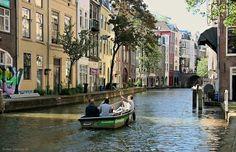 Oudegracht te Utrecht.