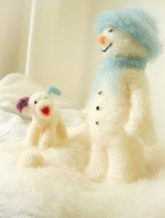 Needle felted of the snowman and the snowdog ,  Waldorf art , Winter celebration £30.00
