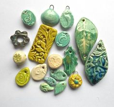 Ceramic beads and pendants Ceramic Pendant, Ceramic Jewelry, Ceramic Beads, Ceramic Clay, Glass Jewelry, Ceramic Pottery, Jewellery, Polymer Clay Kunst, Polymer Clay Beads