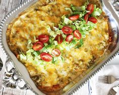 A recipe for stacked green chile chicken enchiladas made in the New Mexico style. Recipe for green chile sauce included. Made in a casserole dish, these green chile chicken enchiladas as perfect for feeding a crowd! Chicken Enchilada Casserole, Enchilada Recipes, Chicken Enchiladas, Chili Recipes, Mexican Food Recipes, Taco Casserole, Green Chili Enchiladas, Mexican Enchiladas, Enchilada Bake