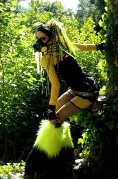 Hot Goth Girls, Gothic Girls, Rave Outfits, Fashion Outfits, Industrial Dance, Gas Mask Girl, Gothic Steampunk, Cybergoth, Future Fashion