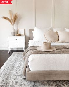 Cream And White Bedroom, Cream Bedrooms, Cream Bedroom Walls, Light Master Bedroom, Airy Bedroom, Bedroom With White Walls, Modern Boho Master Bedroom, Apartment Master Bedroom, Tranquil Bedroom