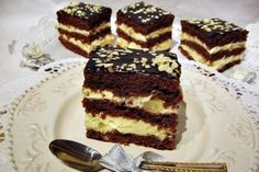 296531 Romanian Desserts, Romanian Food, Hungarian Cake, Cake Recipes, Dessert Recipes, Pastry Cake, Food Cakes, Something Sweet, Ice Cream Recipes