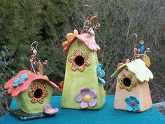 Unique Ceramic Ware by Marissa Motto Ceramic Houses, Ceramic Birds, Pottery Painting, Pottery Art, Bird House Feeder, Birdhouse Designs, Bird Houses Diy, Hand Built Pottery, Pottery Classes