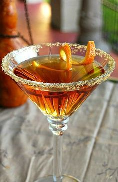 Amaretto-Peach Martini - Peach Schnapps, Crystal Head Vodka, Amaretto, Club Soda, Juice of an Orange and Brown Sugar rimmed glass Party Drinks, Cocktail Drinks, Fun Drinks, Yummy Drinks, Beverages, Lemonade Cocktail, Fall Cocktails, Martini Recipes, Alcohol Drink Recipes