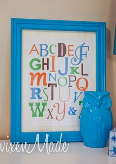 Alphabet Art Printable {free} to decorate the kids' room!