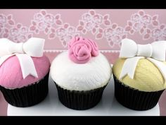 Vintage Lace Cupcakes - Make Textured Lace Cupcakes - MyCupcakeAddiction Lace Cupcakes, Elegant Cupcakes, Purple Cupcakes, Girl Cupcakes, Fun Cupcakes, Decorate Cupcakes, Princess Cupcakes, Cupcake Cake Designs, Fondant Cupcake Toppers