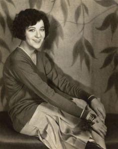 Ziegfeld Girl: Fanny Brice ~ (1891 – 1951) Performed in the Ziegfeld Follies of 1910, 1911, 1916, 1917, 1920, 1921, 1923, 1924, 1934, and 1936.