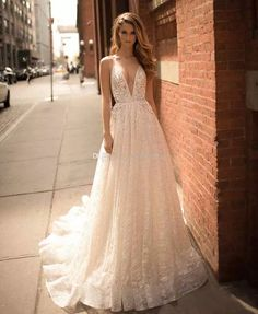 Wonderful Perfect Wedding Dress For The Bride Ideas. Ineffable Perfect Wedding Dress For The Bride Ideas. Wedding Reception Outfit, Wedding Gown A Line, Lace Wedding Dress, Wedding Dresses 2018, A Line Gown, Bridal Dresses, Most Beautiful Wedding Dresses, Beautiful Bridesmaid Dresses, Perfect Wedding Dress
