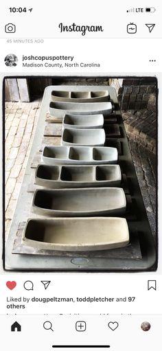 Pottery Plates, Ceramic Plates, Ceramic Pottery, Pottery Art, Ceramic Tools, Ceramic Artists, Hand Built Pottery, Pottery Tools, Pottery Techniques