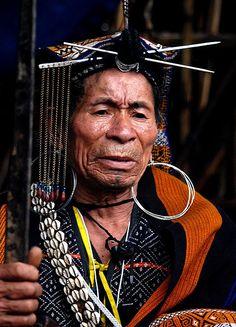 Northeast India | Apatani priest. Apatani plateau Ziro, in the lower Subansiri district of Arunachal Pradesh. Most Apatani are loyal followers of the Donyi-Polo faith. | © Monique Vos