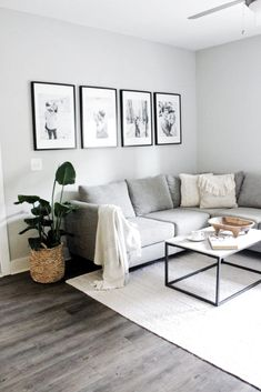 small living room decor interior design tips for small spaces Interior Design Minimalist, Interior Design Tips, Minimalist Decor, Small Home Interior Design, Minimalist Apartment, Modern Minimalist Living Room, Minimalist House, Interior Decorating, Simple Home Design