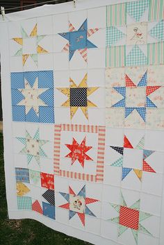 children at play star.   This may be e most beautiful quilt i have ever laid my eyes in!