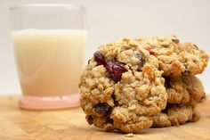 Starbucks fruit & oat cookie recipe! Substitute with Splenda brown sugar and unsweetened applesauce to make a healthier version!