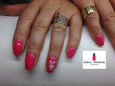 Easter pink manicure with bunny sticker - Mollon Pro colour by Salon Nail Mania Warszawa ul. Sienna 72A lok.09 tel. 603-819-755