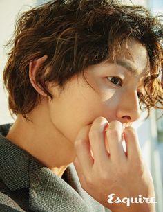 Song Joong-ki for Esquire Korea Descendants, Korean Celebrities, Korean Actors, Hot Actors, Actors & Actresses, Song Joong Ki Birthday, Soon Joong Ki, Sun Song, Kang Haneul