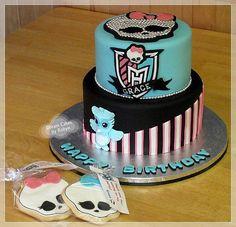 Monster High Cake - Ghoulia Yelps