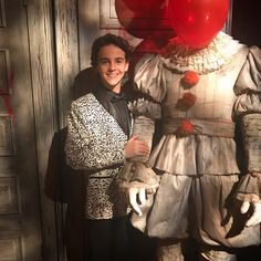 Read TRAJES from the story Facts From Jack Dylan Grazer by LasDosUnicornias (Las Dos Unicorinas) with 870 reads. Pennywise Film, Pennywise The Dancing Clown, Jack Finn, Jack G, Cute White Boys, Cute Boys, It Icons, It Movie 2017 Cast, Finn Stranger Things