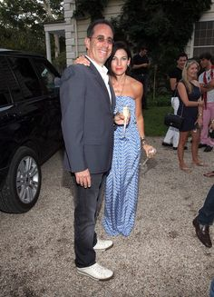 Jessica & Jerry Seinfeld - great looking casual style